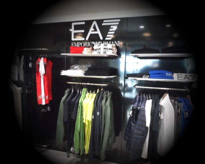 EA7-0